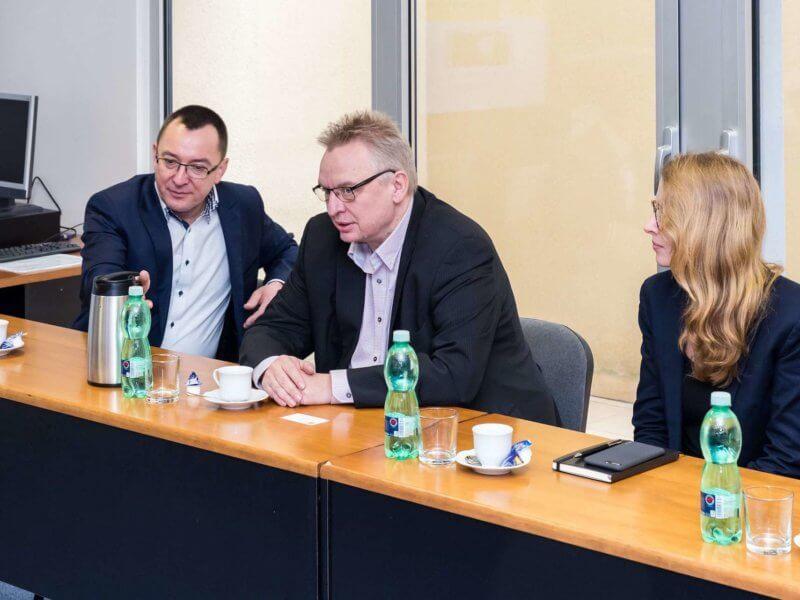 Na Žilinskej univerzite diskutovali oprehĺbení spolupráce so Siemensom